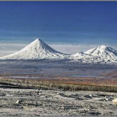 Kluchevskaya sopka, Ushkovsky and Krestovsky volcanoes.