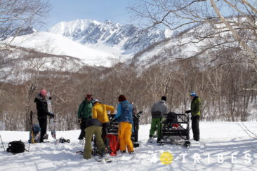 Snowmobile approach to the camp in Ganalsky range