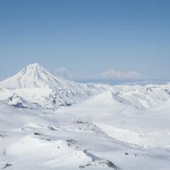 Viluchinsky volcano and Northern group on backside